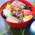 料理メニュー写真海鮮丼(吸物付)