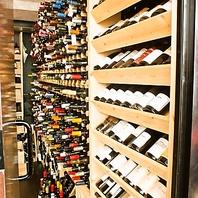 常時450本完備のワインセラー