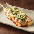 料理メニュー写真むね肉チーズダッカルビ風串焼