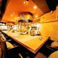 お店の雰囲気を堪能し尽くすオープンキッチンカウンター席(ソファー席)は、是非一度ご利用下さい!