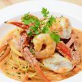 料理メニュー写真渡り蟹と小海老のトマトクリームソース