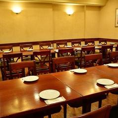少人数様~大人数様用のテーブル席など様々なタイプの席をご用意しております!