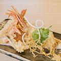 料理メニュー写真蟹クリーム天婦羅(一個)/ずわい蟹天婦羅(三本)/道産野菜の天婦羅 昆布塩を添えて