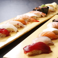 【うおや一丁おすすめ料理4】にぎり寿司は6点盛りからご用意!新鮮な魚介を使用した寿司は居酒屋とは思えないクオリティ。壁・扉ありの完全個室ございます!宴会はもちろん、接待などにもぴったりのお部屋です。足を下ろしてゆっくりご歓談ください。少人数のワイワイ飲みや中規模の飲み会・宴会などに最適!