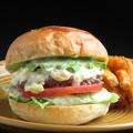 料理メニュー写真アボカドバーガー Avocado burger