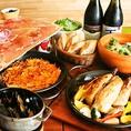 ◆各種宴会人気の理由◆飲み放題コースも2種類ご用意しております!大人気の「生ハムとサラミのてんこ盛り」から、パーティー限定メニューなど大満足のスペシャルコース☆