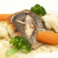 料理メニュー写真築地直送の本日のお魚料理