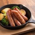 料理メニュー写真牛匠かぐら・粗挽きソーセージと野菜の鉄板焼き