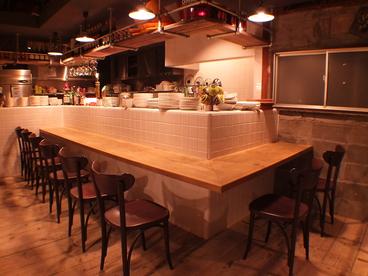 Wine Bar 3RiSE ワインバー ミライズの雰囲気1