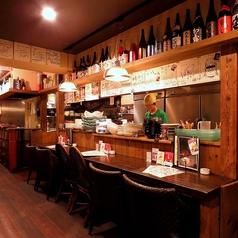 素敵なカウンターが6席!出張で県外のお客様やちょい飲みのお客様!お一人様で賑わう自慢のカウンター♪お店のスタッフとも距離が近いカウンターで一杯いかがですか?