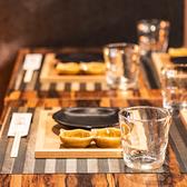 横浜駅きた西口4分×NEW OPEN【個室あり】九州料理・地酒をはじめ、ご当地柑橘サワー・ハイボールなどこだわりメニューが豊富♪きょう介でしか味わえない、厳選料理をお楽しみください!和モダンの趣ある半個室は4名様・8名様・16名様・21名様までOK◎オープン席では最大60名様、貸切宴会は89名様までご案内可能です!