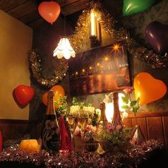 ラヴァーズロックは朝の5時まで営業。電車がなくなっても、皆様のご来店をお待ちしております。日付が変わってからのラヴァーズロックのまた違った一面をお楽しみください。【個室 町田 飲み放題 誕生日】