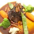 料理メニュー写真黒毛和牛の赤ワイン煮込み