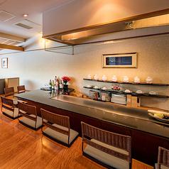 テーブルとカウンターはご予約時にお選び頂くことも可能です。事前にご相談くださいませ。