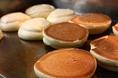 【名物パンケーキ】ふわふわしっとり、一度食べたら止まらない。名物パンケーキは季節ごとの果物を使ったシリーズもご用意★
