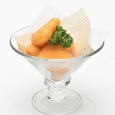 料理メニュー写真カマンベールチーズフライ