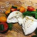 料理メニュー写真新潟ブッラータチーズのカプレーゼ