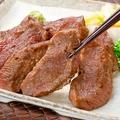 料理メニュー写真名物!厚切り牛タンステーキ