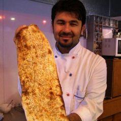 当店自家製手作りパンもここで焼きます。