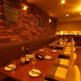 ゆったりソファー席は2名様~36名様。ママ会~会社宴会と幅広くご利用可能♪女子会や夜カフェ使いにも人気!
