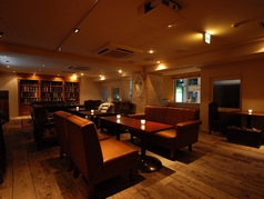カフェラウンジ サンズ Cafe Lounge SUNS 新宿東口店特集写真1