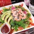 料理メニュー写真【3te'Cafe'の17品目サラダ】海老とアボガドサラダ