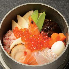 料理メニュー写真ざうお海鮮釜飯
