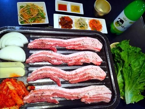 韓国料理テナム
