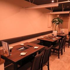 最大28名で貸切のご利用可能★テーブル席と掘り炬燵のお席がございます。