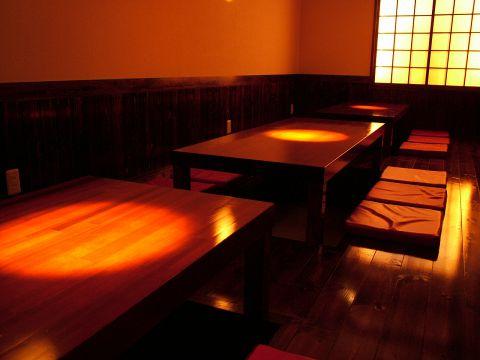 ちょっと素敵な個室できました。20名様可。落ち着いた雰囲気でお酒と料理が楽しめる。