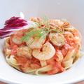 料理メニュー写真ぷりっぷり海老とホタテのトマトクリーム