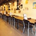 テーブル席を全てつなげると最大22名様でご利用可能です。