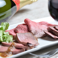 料理メニュー写真ローストビーフ3種盛り