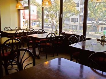 カフェ・ド・クイーンベルの雰囲気1
