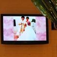 ≪貸切特典多数!≫大型TVモニターは計2台ございます!お持込のDVDや、結婚式風景、サプライズムービーを流してみてはいかがでしょう?