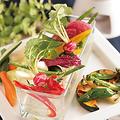 料理メニュー写真朝採れ野菜のバーニャカウダ (温/冷)
