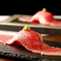 料理メニュー写真大判デカネタ肉寿司