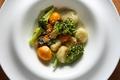 料理メニュー写真ふわふわニョッキとブロッコリーのグラナパダーノチーズクリーム