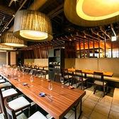 【テーブル席】広々とした空間のダイニングスペースは最大40名様まで!団体様も全く問題無し!人数様に応じてセッティング致します!