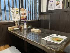 きつねや食堂の雰囲気1