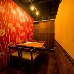 少人数用の個室。デートにも最適です。