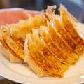 料理メニュー写真焼き餃子6個