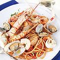 料理メニュー写真手長海老と渡り蟹のペスカトーレ(ロッソ・ビアンコ)