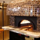 こだわりの特製石窯でじっくりと焼き上げるピザやビーフは絶品です♪茶屋町で宴会や飲み会をお考えの方は、ぜひお越しください!