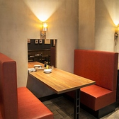 熟成牛ステーキバル Gottie's BEEF ゴッチーズビーフ キュービックプラザ新横浜店の雰囲気3