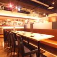 テーブル席は全72席。開放的で清潔感溢れる店内は、ゆったりとくつろげるスペース。飲み会、宴会に最適です。たこ焼き、串カツ、もつ鍋等、全メニュー食べ放題、飲み放題コースが3980円とお得!大切な仲間とのお時間をお過ごしください♪