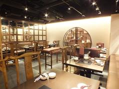各線横浜駅きた西口より徒歩2分とアクセス良好です。VIPルームもご用意しておりますので接待や会食など様々な場面でご利用いただけます。