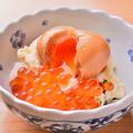 料理メニュー写真つり吉のポテトサラダ/釜揚げしらすの柚子サラダ