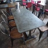 人気のテーブル席です。