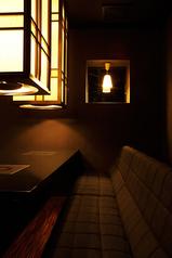 完全個室は8名様用、席料は別途1500円です。接待にもオススメ。